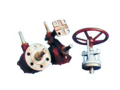 小轴传动装置